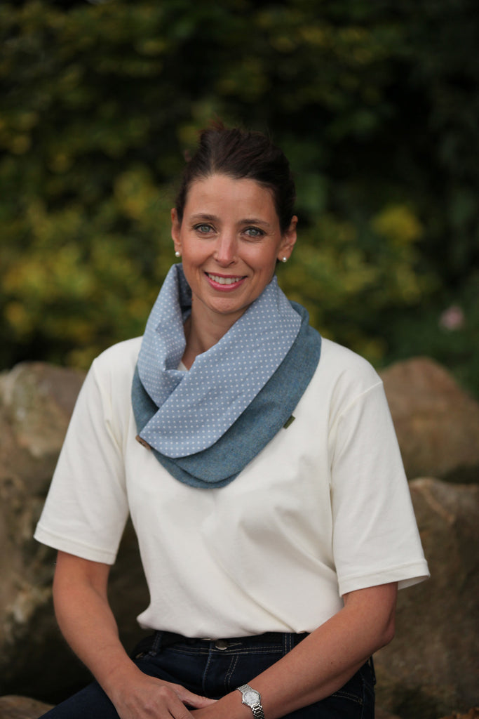 Spotted Snood- Blue Herringbone