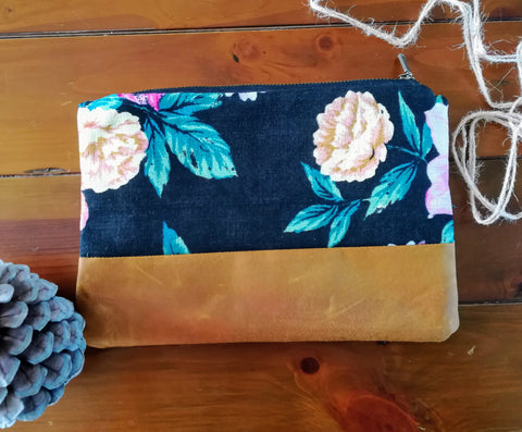 Clutch Bag Black & Tan Floral
