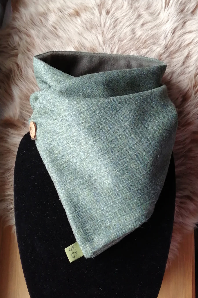 Classic Tweed Snood - Green Herringbone