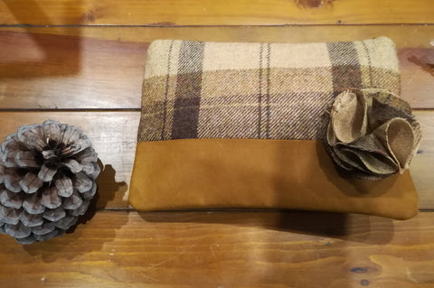 Clutch Bag Tweed Toffee Apple