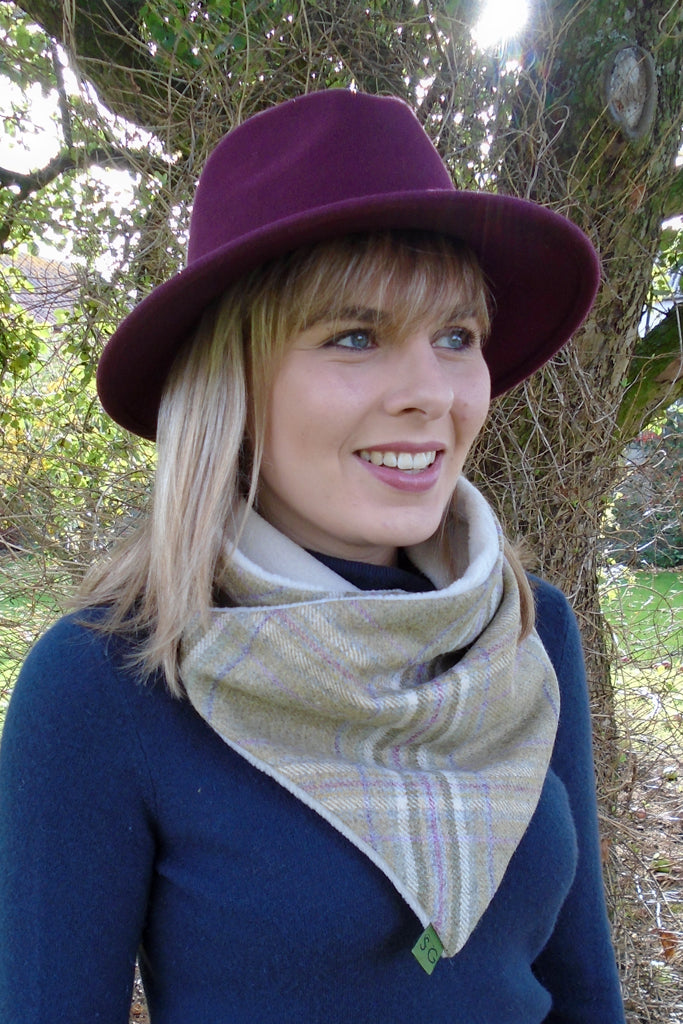 Classic Tweed Snood - Blossom
