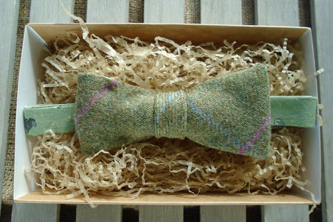 Bow Tie -Lichen Tweed with Green Sheep Print