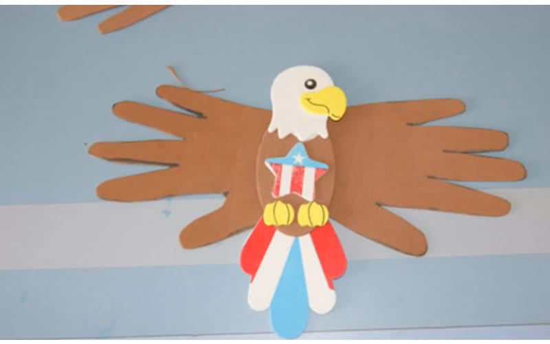 Cardboard Memorial Day eagle made from handprints