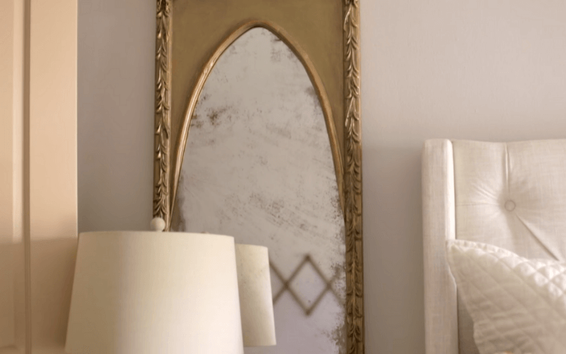 DIY Antique mirror made with mirror effect paint - Image by Jenna Sue