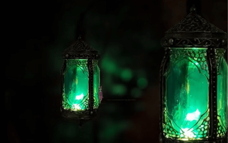 Moroccan glass lamp - Image by Creative Cat