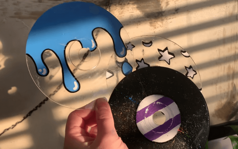 Painting clear CDs - Image by SoJo