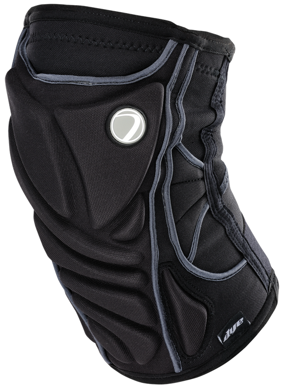 KneePads-Front-Right_copy_QW7PH9TOPGCR.png