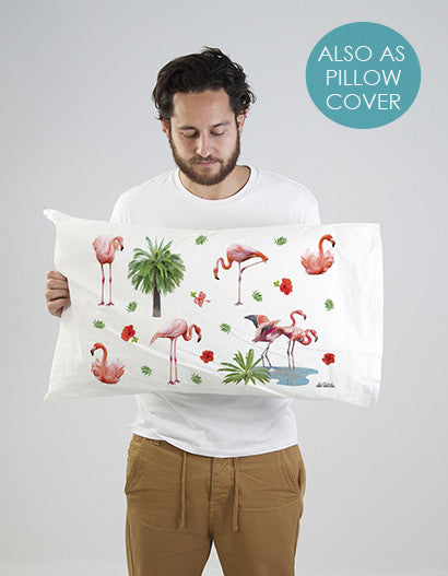 pillowcase with flamingo