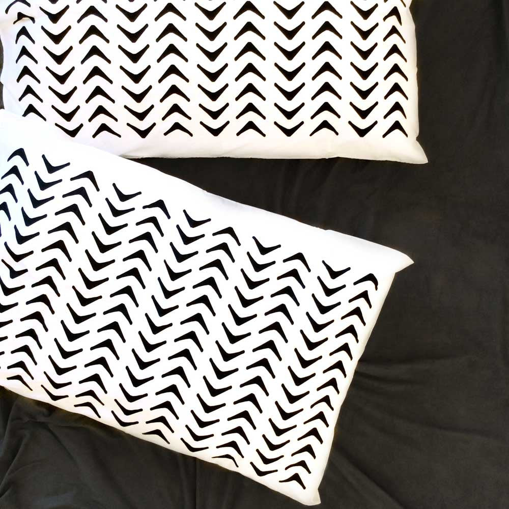 Aztec Geometric Pillowcase Black (pair)