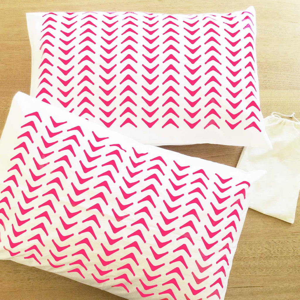 Pink pillow case with geometric pattern