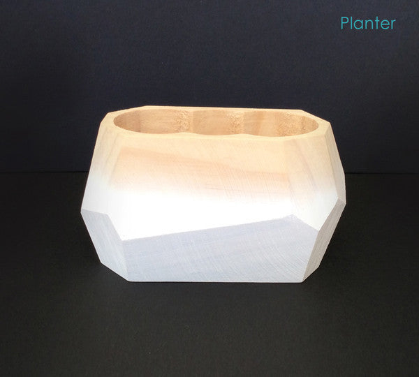Planter in white and timber