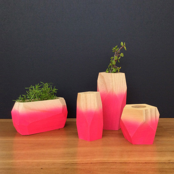 Table decoration in timber - Gloh vessel in pink