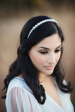 Load image into Gallery viewer, Cary Pearl Headband