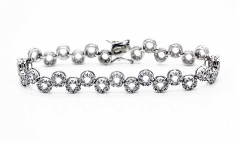 "Faux ""Diamond"" Circle Bracelet"