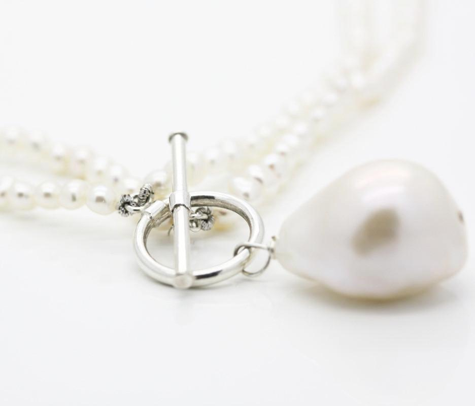 Pearl Tear Drop Pendant