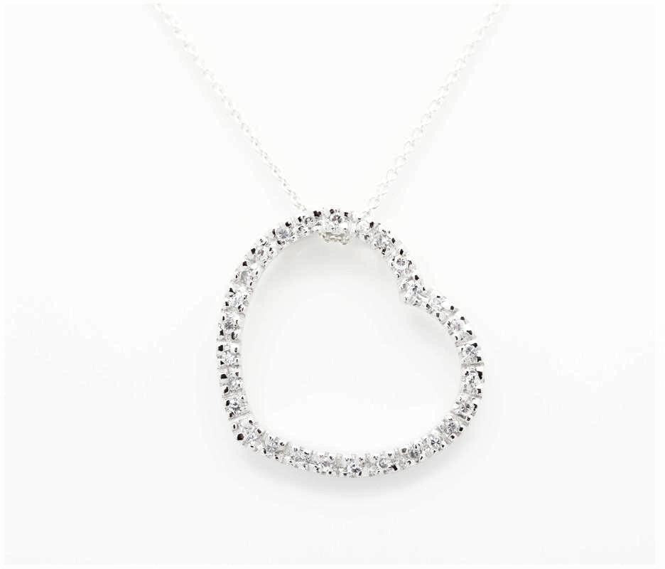 "The ""Tiff"" Heart Necklace"