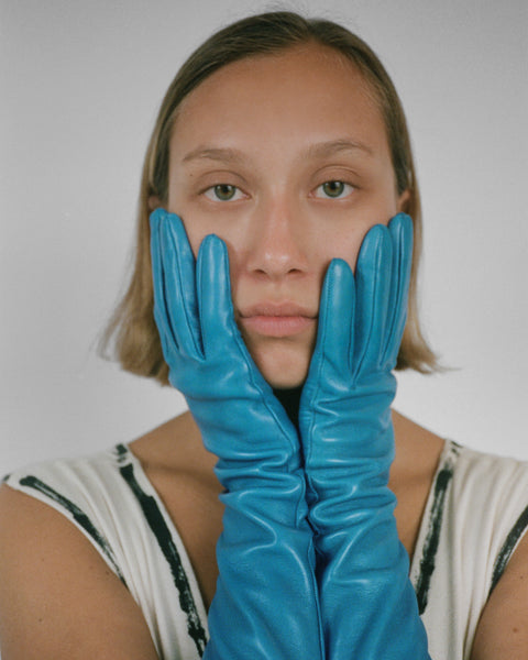 Moonlight Glove in Azure Lambskin - CLYDE