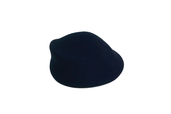 Sazy Hat in Navy Wool