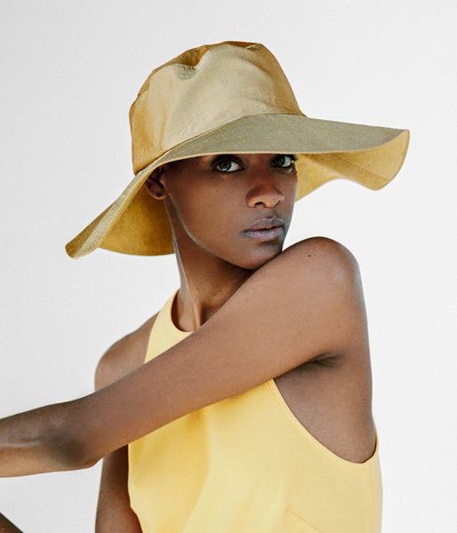 Tetra Hat in Golden Sand Silk - CLYDE