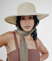 Pearl Hat in Camel Wool w. Neck Scarf - CLYDE