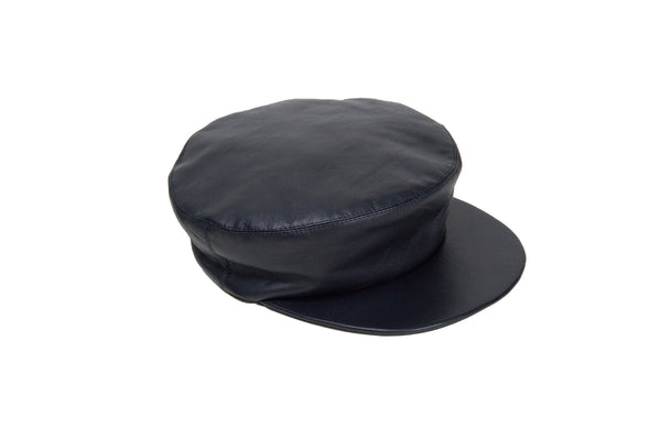 Lambskin Acton Hat in Black