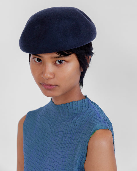 Dent Beret in Navy Wool - CLYDE
