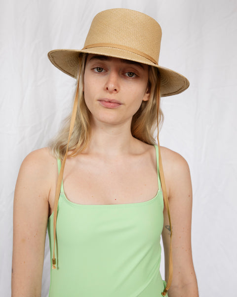 Telescope Hat in Ecru w. Drawstring