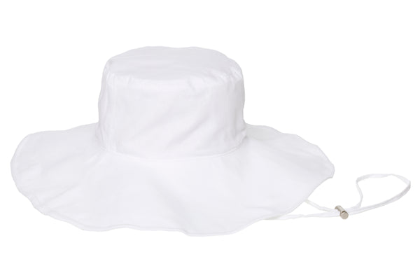 Maya Hat in White - CLYDE