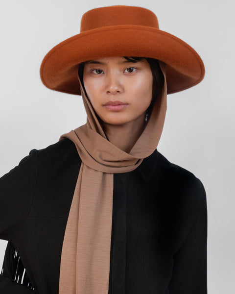 Gambler Hat in Rust Wool w. Neck Scarf - CLYDE