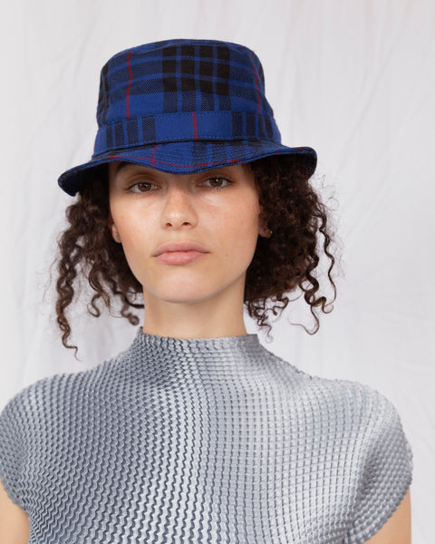 ÉTUDES x CLYDE Bucket Hat in Tartan Blue - CLYDE