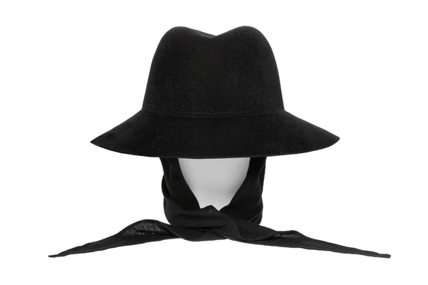 Aura Hat in Black Angora w. Neckshade - CLYDE
