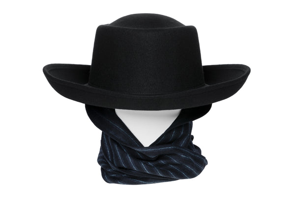 Gambler Hat in Black Wool w. Tweed Neck Scarf - CLYDE