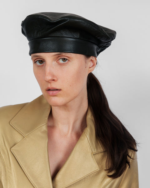 ÉTUDES x CLYDE Lambskin Beret in Army Green - CLYDE