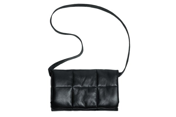 Muff Bag in Black Lambskin - CLYDE