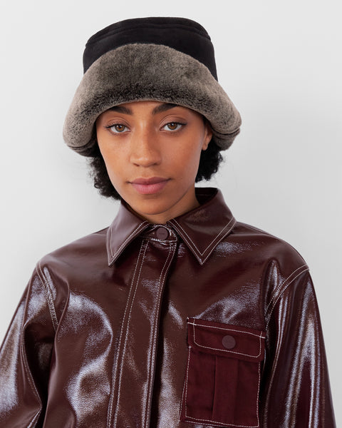 Shearling Bucket Hat in Black / Grey - CLYDE