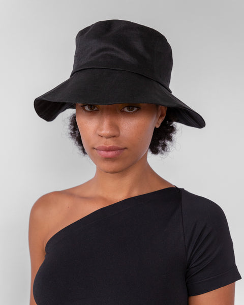 Bucket Hat in Black Linen - CLYDE