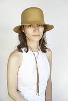 Toni Hat w. Drawstring in Honey