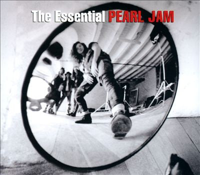 Pearl Jam The Essential Pearl Jam 2CD [Import] - Almaraz Records | Tienda de Discos y Películas