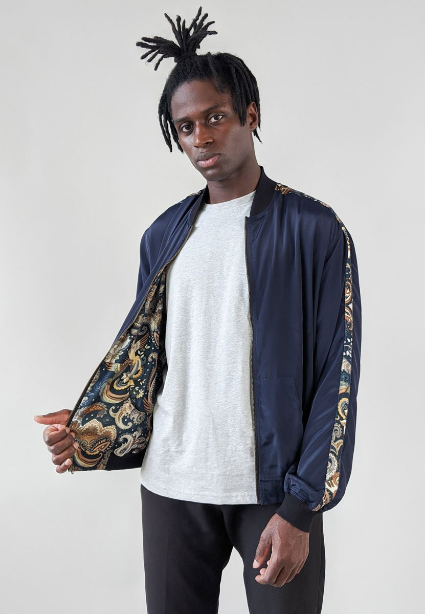 bird/navy Print Reversible Bomber