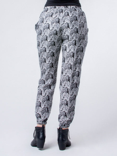 Edie Houndstooth Black and White Pleated Pants