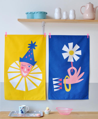 Clown and Flower Tea Towels (Pack of Two)