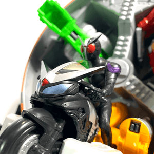 [LOOSE] Kamen Rider W / Double: DX Revolgarry (Free Shipping)