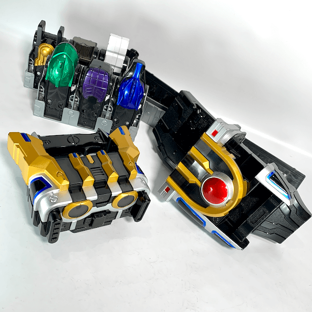 [BOXED] Kamen Rider Kiva: DX Ixa Belt