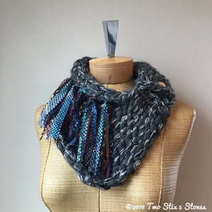 Charcoal Tweed Shawlette