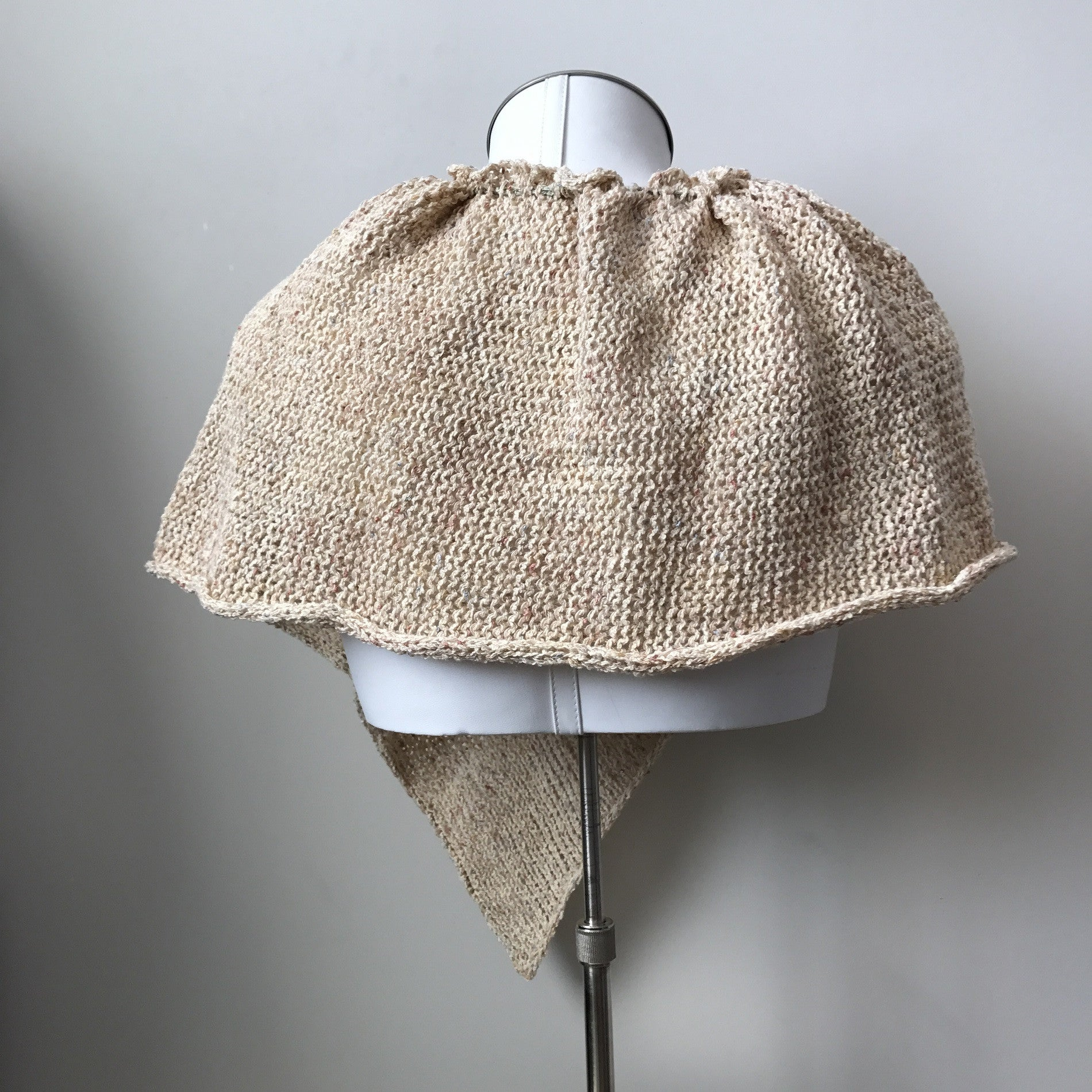 Cream Tweed Capelet (C702)