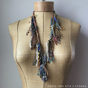 Gold/Blue Multi-Toned Fiber Necklace w/Stones