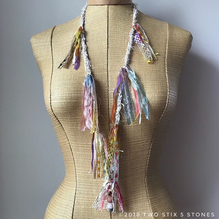 Cream Toned Fiber Necklace w/Stones (FSB36)
