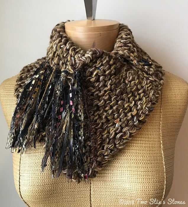 Mocha Tweed Shawlette w/Fringe & Ceramic Button