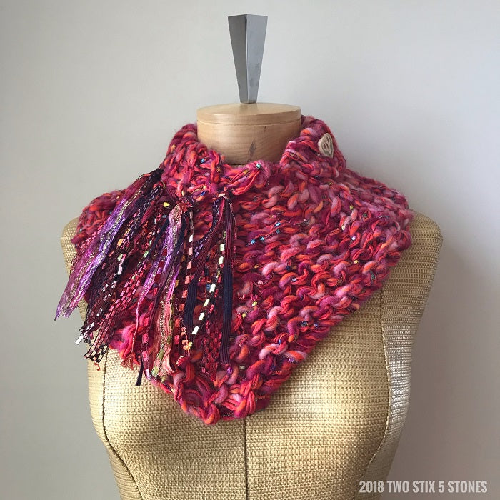 Red Tweed Shawllette w/Fringe & Ceramic Button