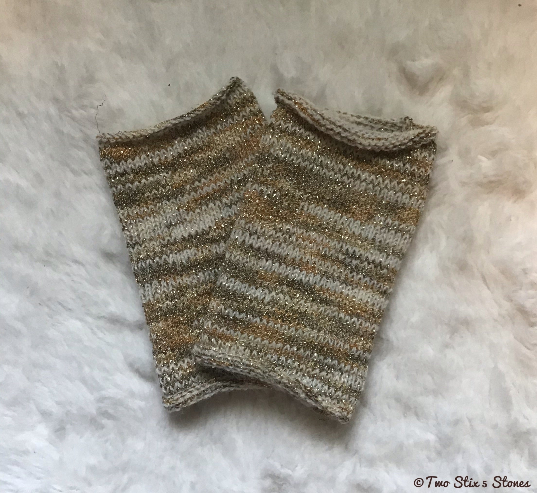 Luxe Cream & Gold Tweed Fingerless Gloves (Short Version)